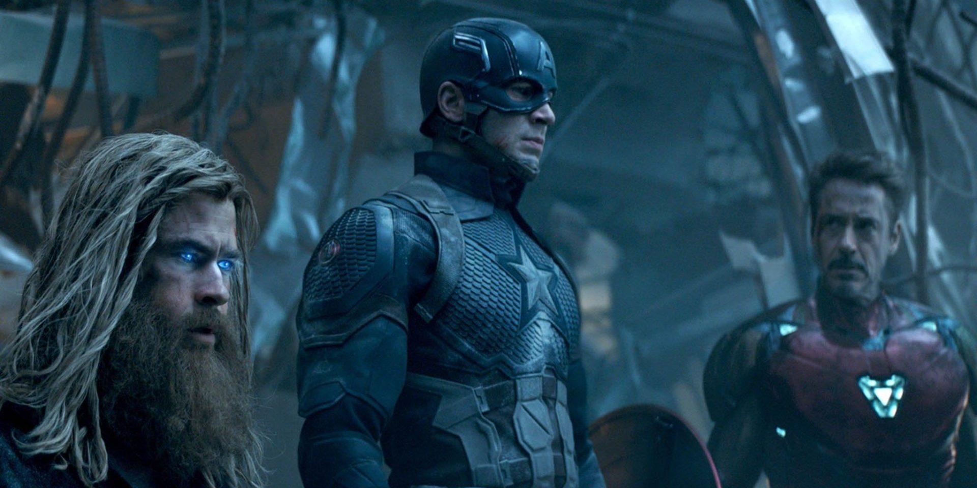 Chris-Hemsworth-Chris-Evans-and-Robert-Downey-Jr.-as-Thor-Captain-America-and-Iron-Man-in-Avengers-Endgame