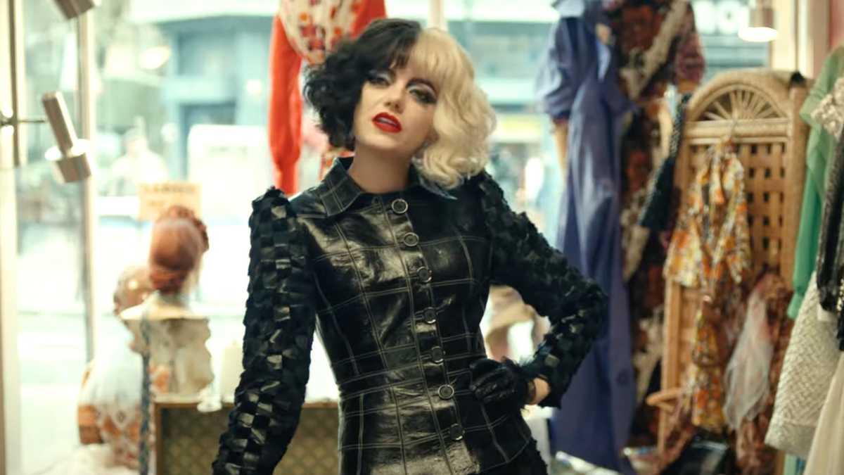 Rumores indicam que Emma Stone também está descontente com a Disney pelo lançamento de 'Cruella' (Crédito: divulgação / Disney)