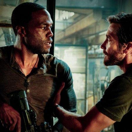 Tiros, explosões e Jake Gyllenhaal no primeiro trailer de 'Ambulance'